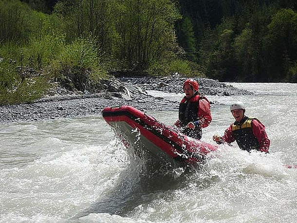 allgaeuaction-canadier-rafting-lech-02